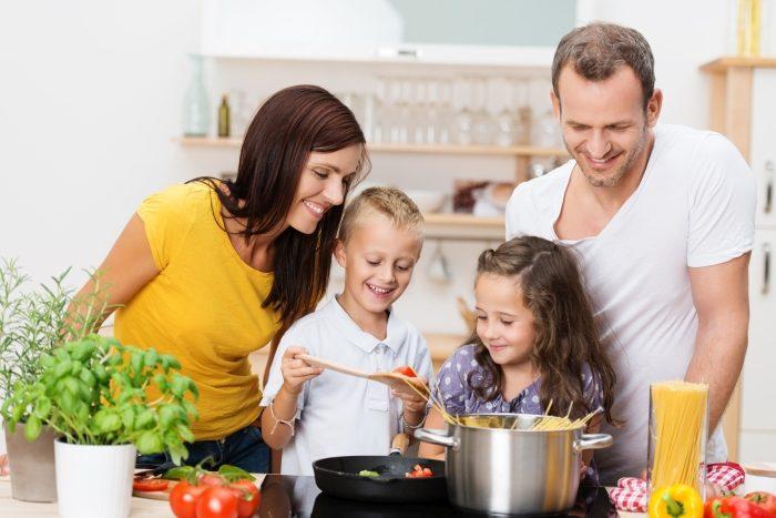 Jak wypracować u dziecka odpowiednie nawyki żywieniowe