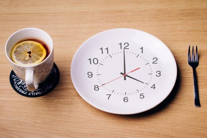 Odchudź się jedząc tylko 2 posiłki dziennie