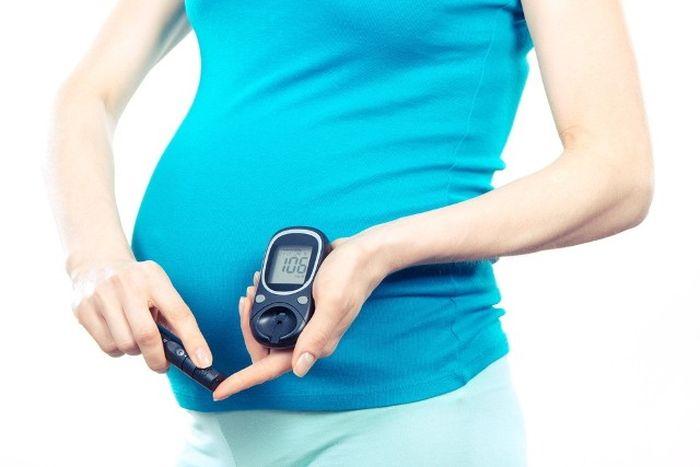 Nadwaga i cukrzyca w ciąży a ryzyko otyłości u dzieci
