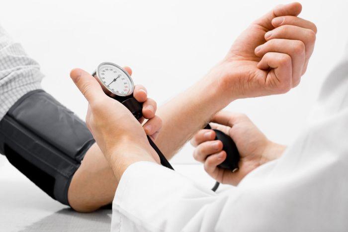 Nadciśnienie – jaką rolę w prewencji i leczeniu odgrywa dieta