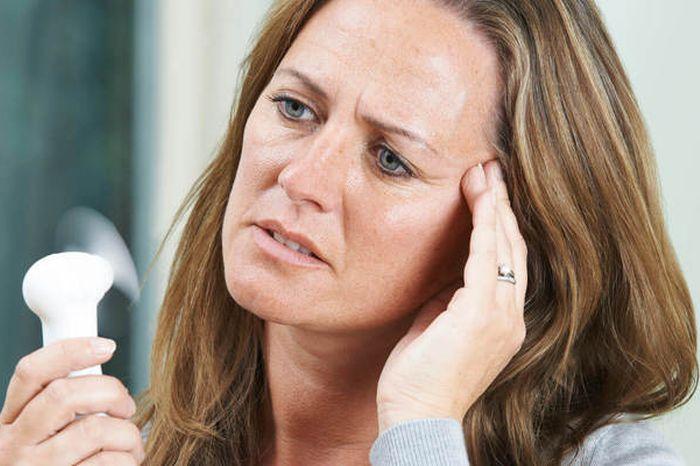Dieta ketogeniczna kontra menopauza - jak dieta może pomóc